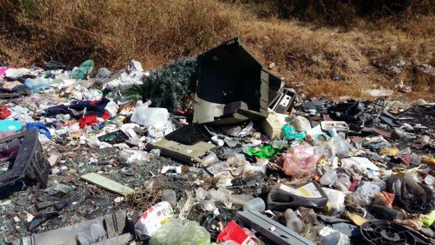 El basurero de Tetlama recibió millones de toneladas de residuos en tres décadas.