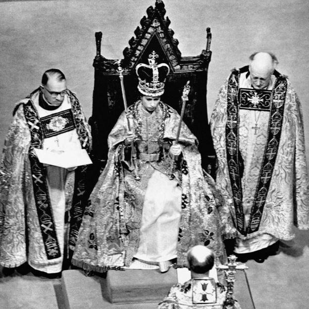 Queen Elizabeth Ii 63 Years In 63 Pictures Bbc News