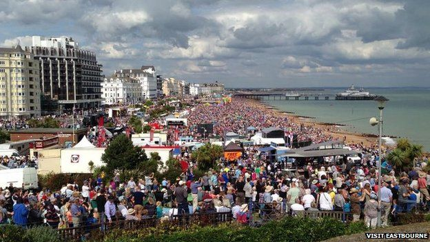 Eastbourne Air Show >> Thousands On Seafront For Eastbourne Airbourne Airshow Bbc News