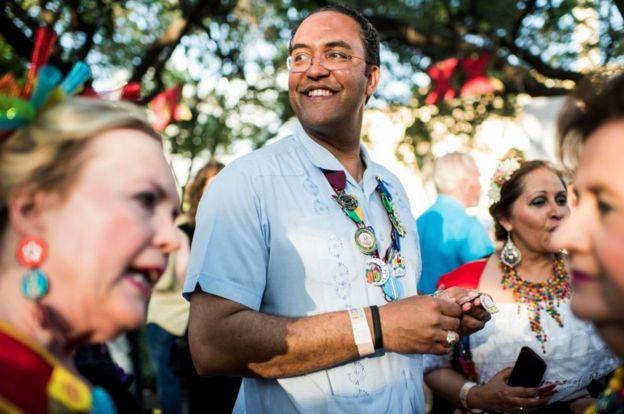 赫尔将于2017年在圣安东尼奥嘉年华会见选民