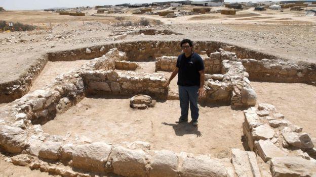 Шахар Зур з Ізраїльського управління старожитностей розповідає подробиці знахідки