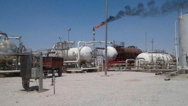 تاسیسات نفتی