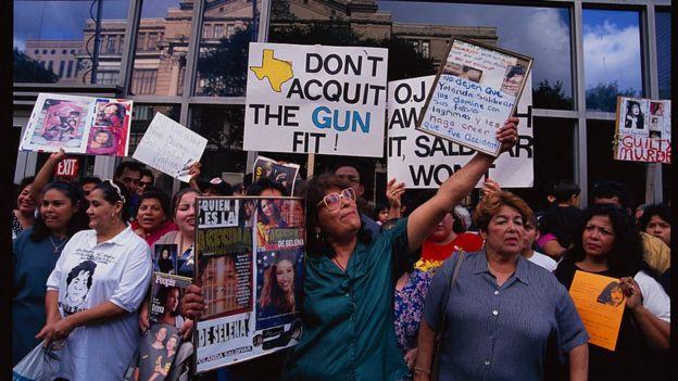Fans de Selena piden justicia