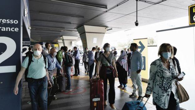 Внутрішні польоти у єврозоні відновлюються із 15 червня. Громадян третіх країн поки що просять почекати до 1 липня