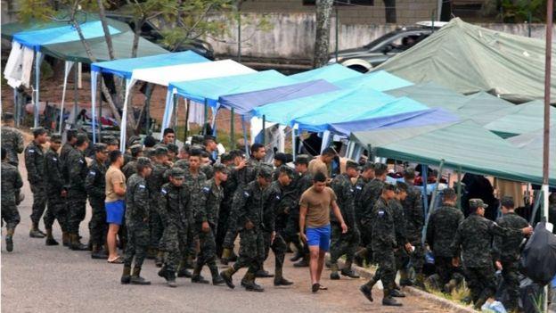 Policía militar de Honduras.
