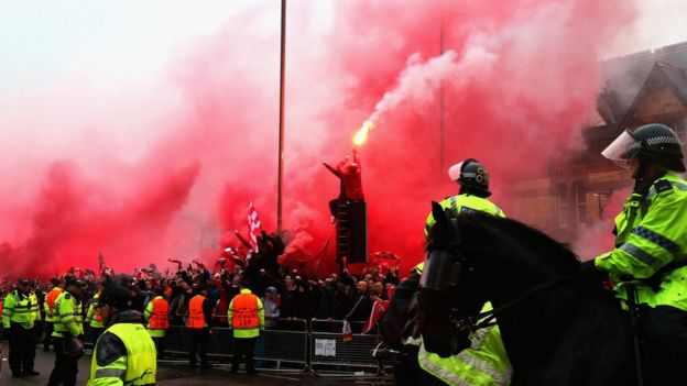 Fans letting off flares