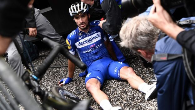 French cyclists hit again by curse of Tour de France - BBC News