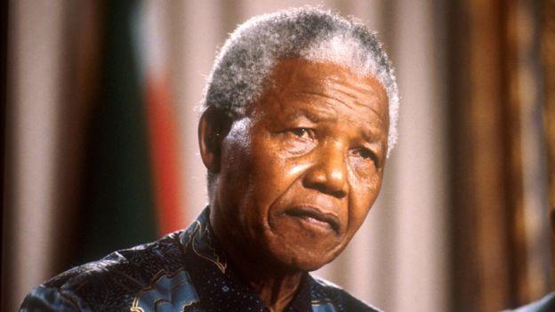 اختبر معلوماتك: ماذا تعرف عن نلسون مانديلا؟