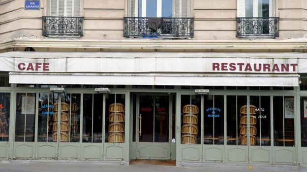 Los restaurantes están en la lista de las empresas que pueden irse a la bancarrota.