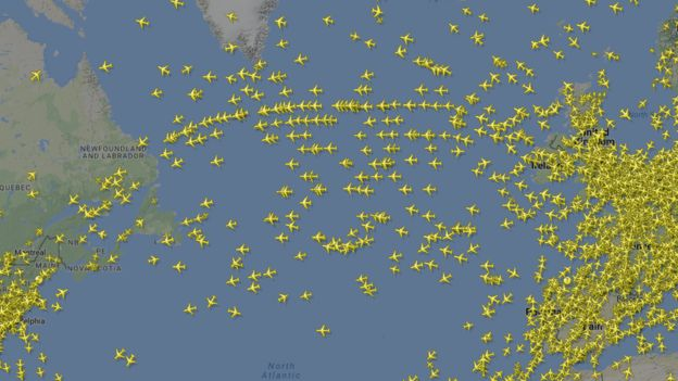 Rutas de vuelos de Europa a Norteamérica. Imagen: Flightradar24