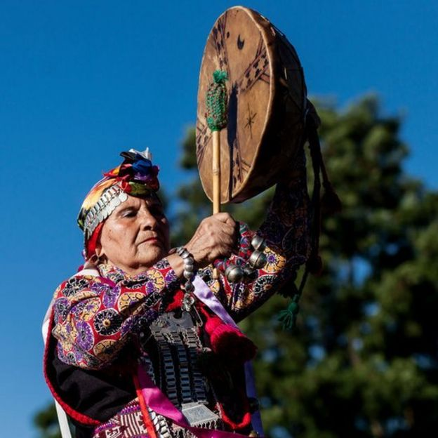 Mujer mapuche.