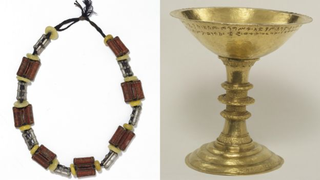 V&A Museum, Maqdala 1868 display: L: Ethiopian silver leather and amber necklace formerly in the possession of Queen Terunesh R: Gold chalice with incised inscription, made by Walda Giyorgis, Gonder, Ethiopia, 1732-1740