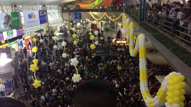 Recepção a Bolsonaro no aerporto de Belém