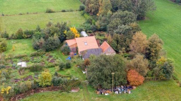 Hollanda'nın Drenthe bölgesindeki çiftlik