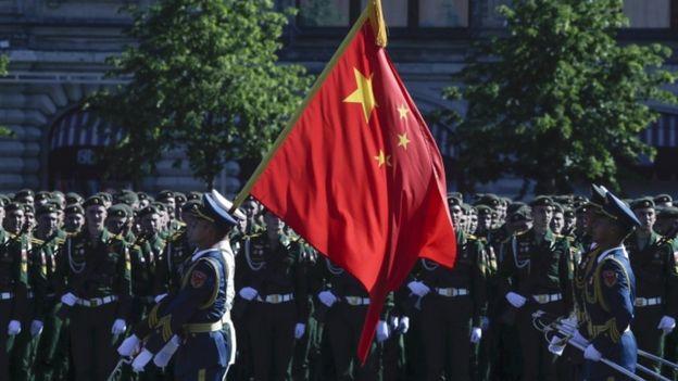 وزیر امور خارجه چین: نمیخواهیم و نمیتوانیم جانشین آمریکا شویم