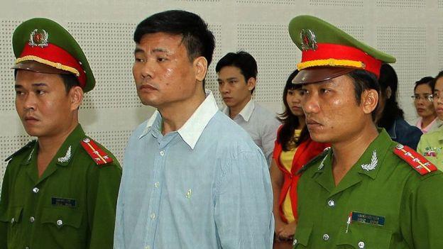 Ông Trương Duy Nhất ra tòa hồi tháng 3/2014, khi đó ông bị kết án 2 năm tù vì vi phạm điều 258