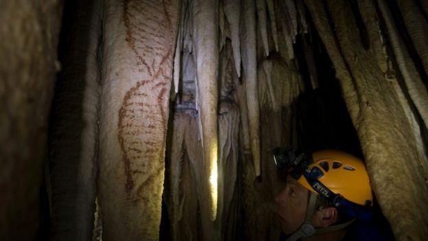 Cueva con arte neandertal.
