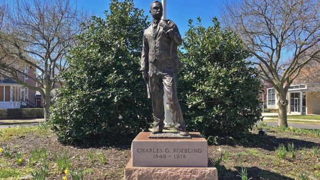 Estatua de Charles Roebling. (Foto: Ferdinand W. Roebling III/Archivo del Museo de Roebling)