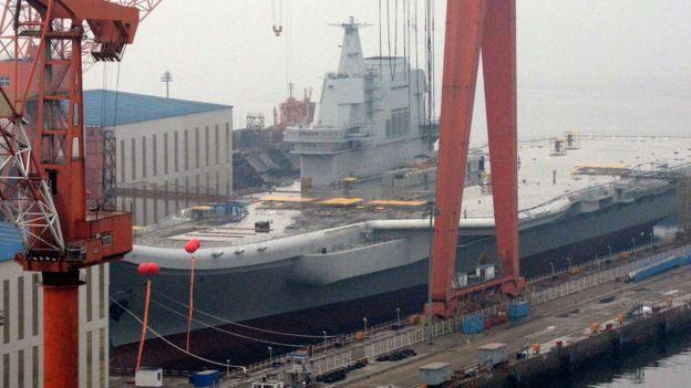 中國第一艘國產航母