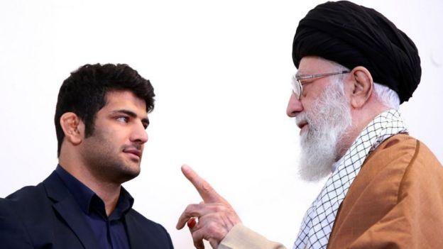 رهبر ایران آقای کریمی را به خاطر باخت عمدی برای روبرو نشدن با حریف اسرائیلی ستایش کرد