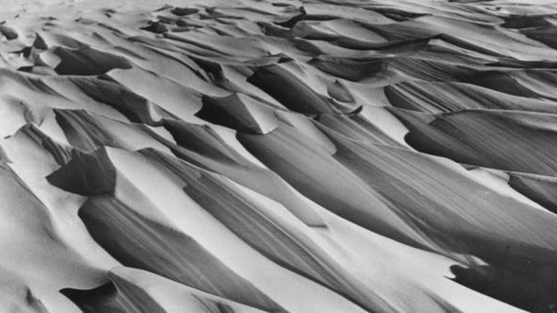அண்டார்டிகாவின் 1,482 கி.மீ தூரத்தை தனியாக கடந்து அமெரிக்க வீரர் சாதனை