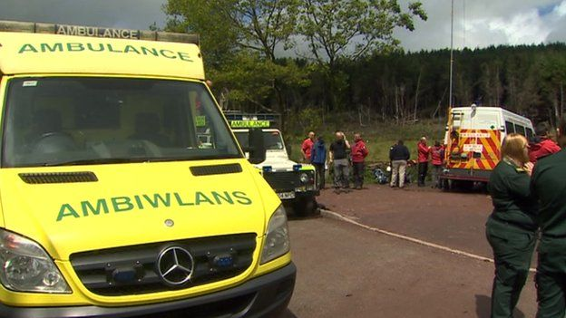 Ambulance in Brecon Beacons following lightning strikes