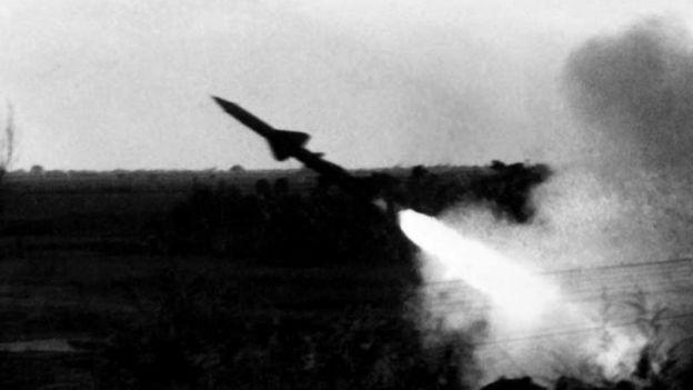 Đọc lại: Hà Nội bắn rơi bao nhiêu B-52? - BBC News Tiếng Việt