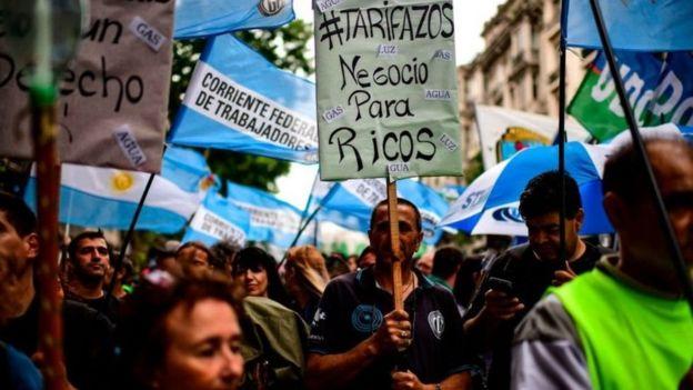 احتجاجات في شوارع بوينس أيرس.