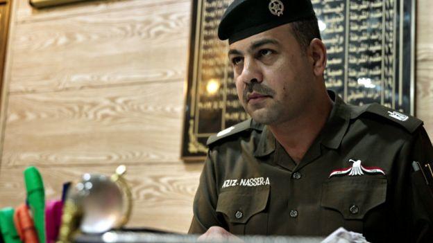 العراق: الرائد عزيز، شرطي بغداد الذي غيّر وجه المهنة