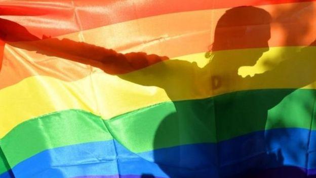 أسقطت المثلية الجنسية من لائحة الأمراض العقلية في الولايات المتحدة منذ 45 عاما