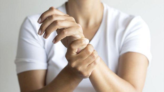 Cansancio dolor en articulaciones perdida de peso