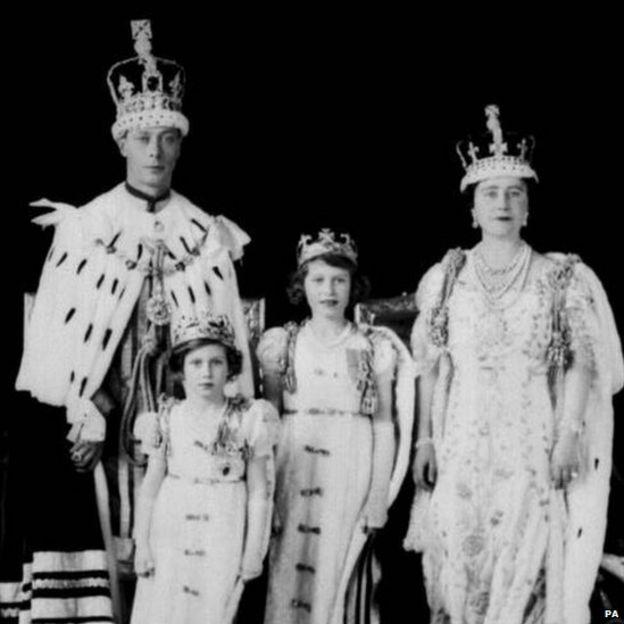 The newly crowned King George VI & Queen Elizabeth with Princesses Elizabeth & Margaret