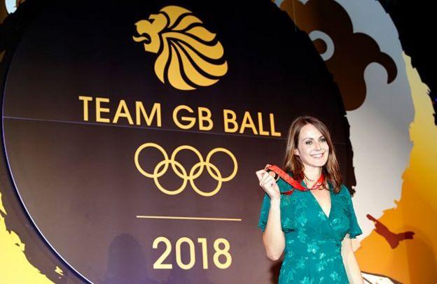 Peraih tiga medali Olimpiade asal Inggris, Kelly Sotherton, memahami mengapa sanksi yang lebih keras tidak dijatuhkan kepada Rusia
