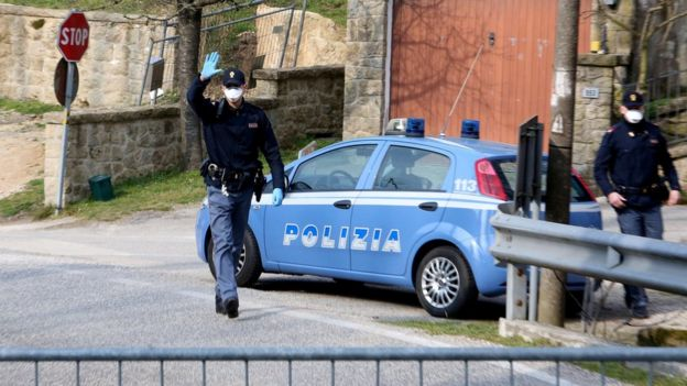 Polisi Italia, virus corona