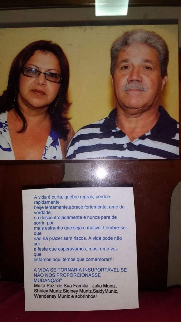 Siley Muniz Paulino e seu marido, Newton Paulino, pais de vítimas da chacina Via Show