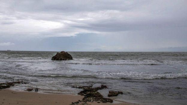 Playa de Banten, en el Estrecho de la Sonda.