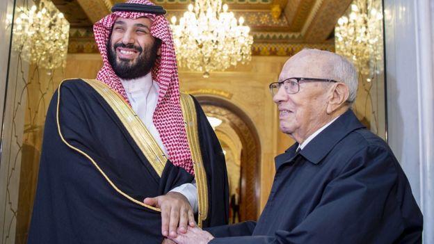 """وصف ولي العهد السعودي الرئيس التونسي بقوله إنه """"مثل والدي"""""""