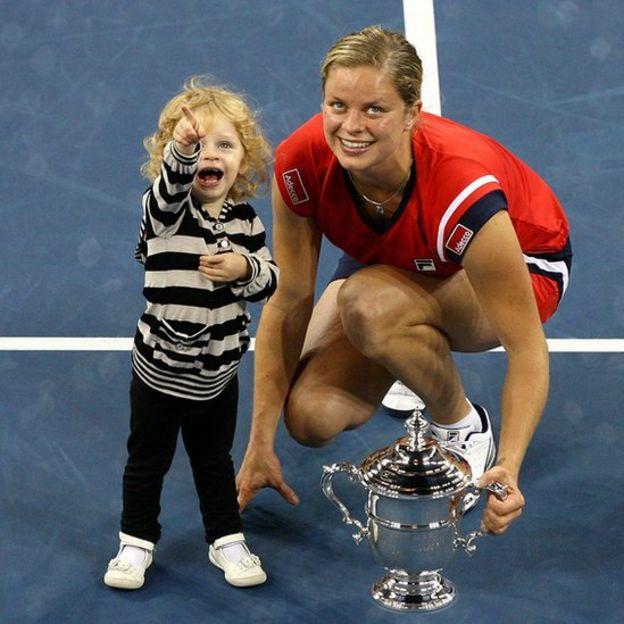 Kim Clijsters con su hija