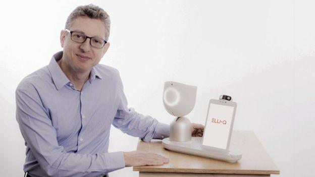 Should robots ever look like us? - BBC News