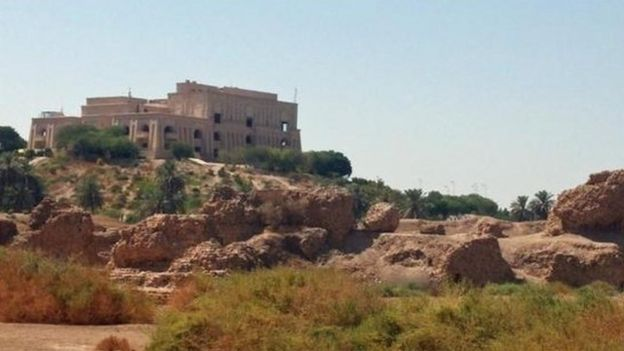 Palacio de Saddam Hussein en Babilonia.