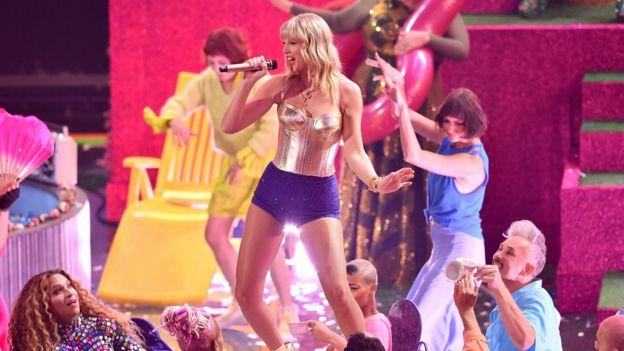 The six biggest moments at MTV VMAs - Taylor Swift, Miley