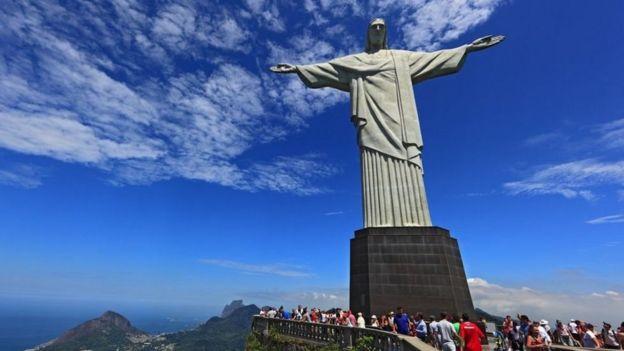 تمثال المسيح المخلّص في ريو دي جينيرو