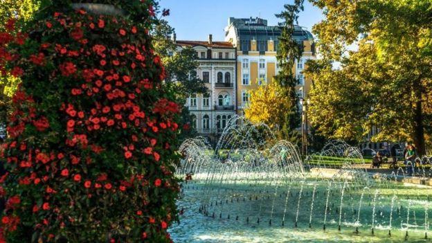 يغادر البلغاريون بلادهم بأعداد كبيرة بحثا عن فرص أخرى للعمل والحياة والسفر