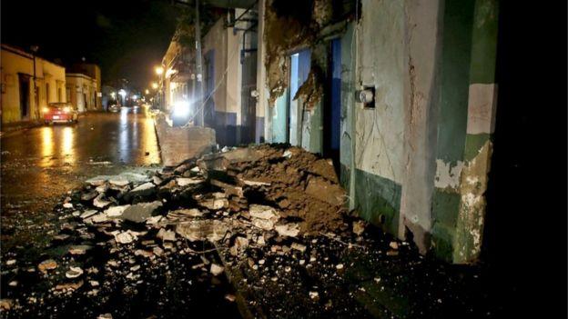 Tremor danificou edifícios em Oaxaca