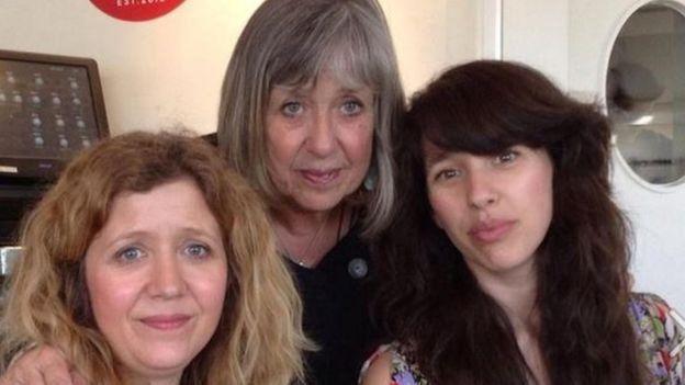 Caren, Linda a Lisa Jên