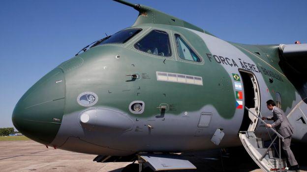 Avião militar brasileiro feito pela Embraer