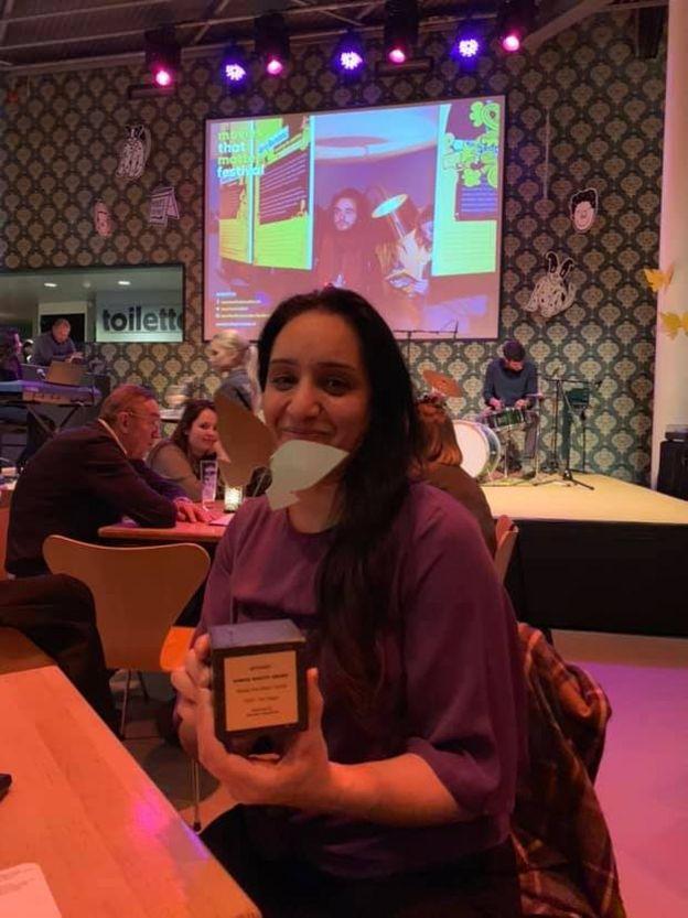 شکیلا ابراهیمخیل برنده جایزه 'فعال حقوق بشر' شد