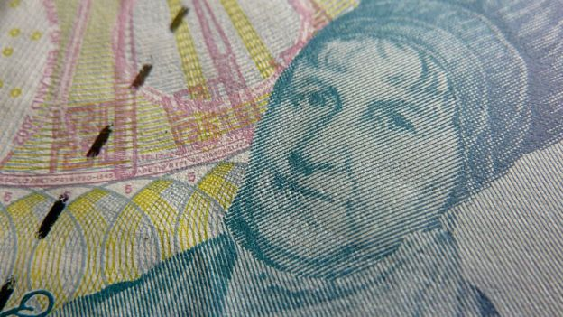 Elizabeth Fry en un billete de cinco libras esterlinas.