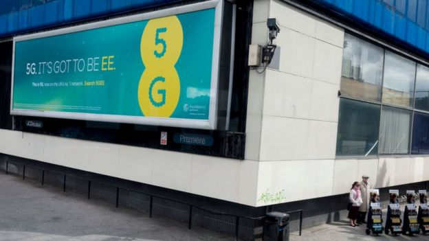An EE billboard for 5G in London