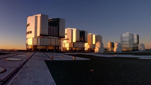 Telescopio Muy Grande o VLT en Cerro Paranal en Chile